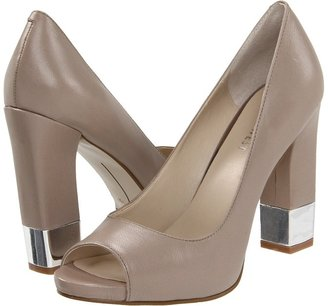 Nine West MoveIt (Grey Leather) - Footwear